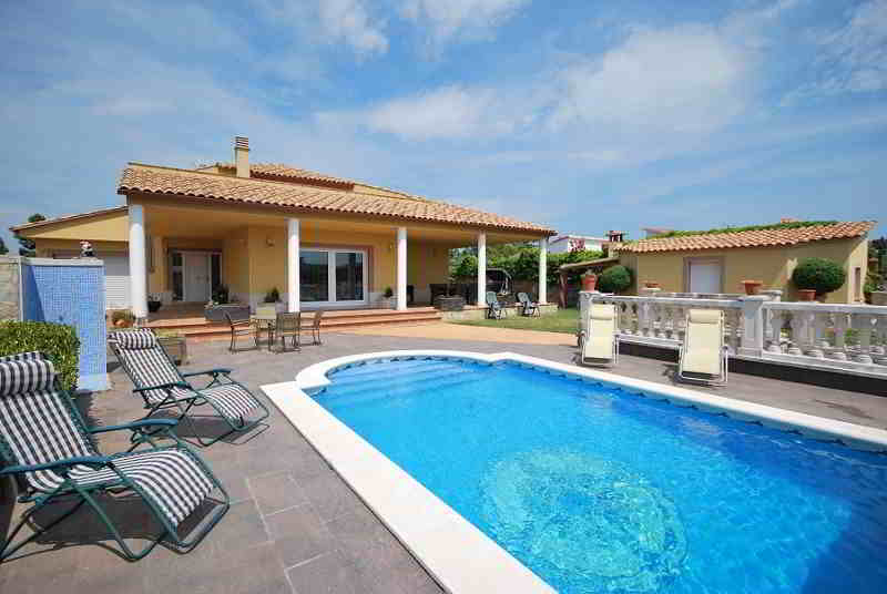 Design house for sale in costa brava